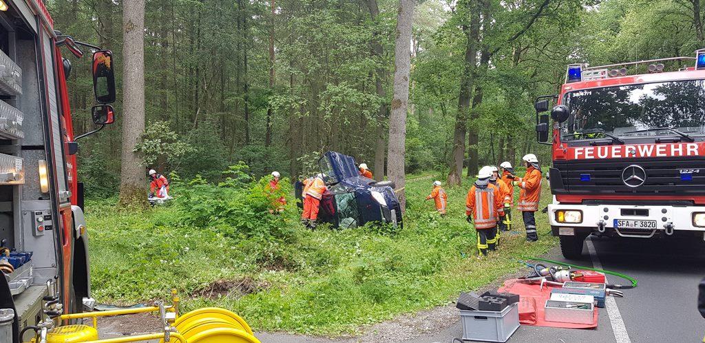 PKW und Traktor kollidieren bei Neuenkirchen