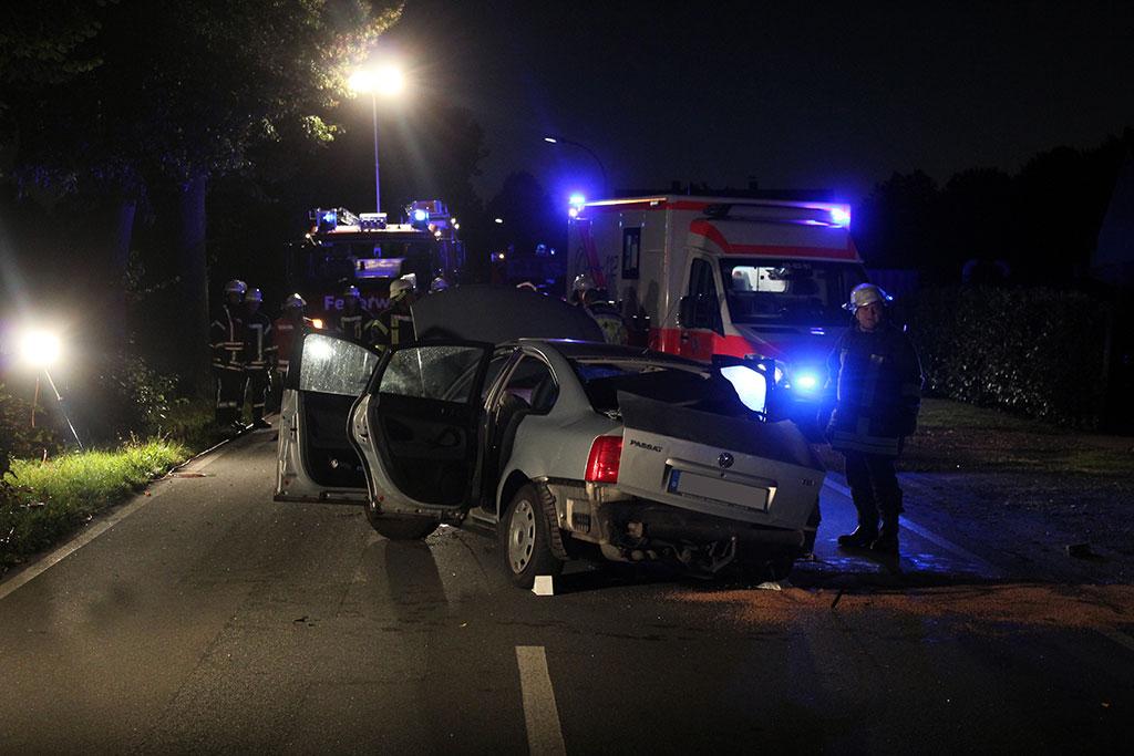 Wieder schwerer Verkehrsunfall mit Glück für Fahrer und Beifahrer