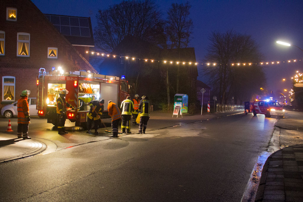 Ölspuren im Stadtgebiet beschäftigen Feuerwehr
