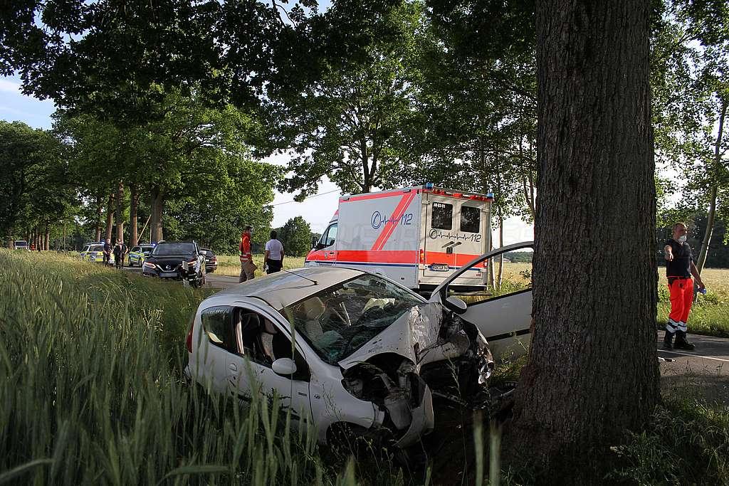 Read more about the article 23-Jähriger verstirbt bei Verkehrsunfall