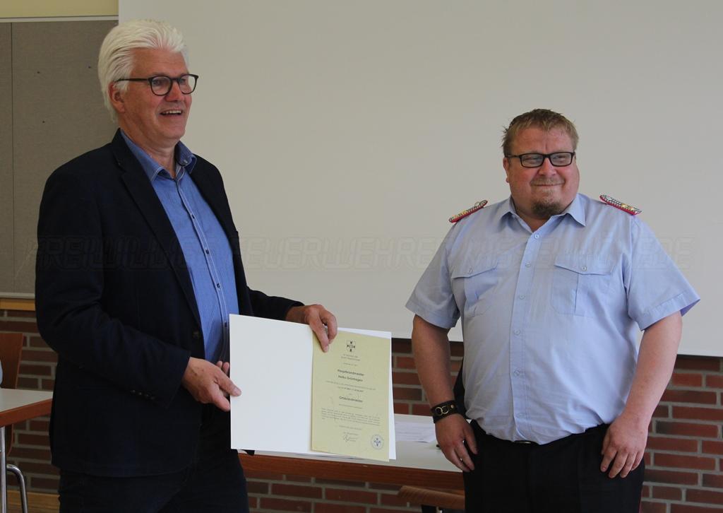 Read more about the article Grünhagen offiziell zum Ortsbrandmeister ernannt